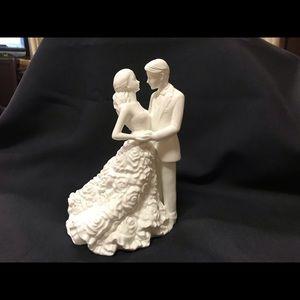 Monique Lhuillier Modern Bride & Groom Cake Topper